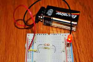 Beginner Electronics Experiments For Kids | Science with Kids.com